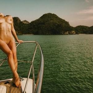 Nude Celebrity Picture Alana Marie 006 pic