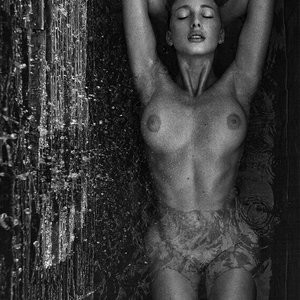 Free nude Celebrity Alana Marie 013 pic