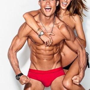 Alessandra Ambrosio & Cristiano Ronaldo (6 Photos) – Leaked Nudes