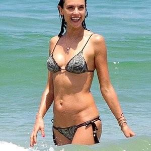 Nude Celebrity Picture Alessandra Ambrosio 003 pic