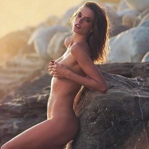 nude celebrities Alessandra Ambrosio 001 pic