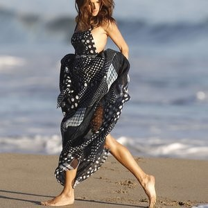 Leaked Celebrity Pic Alessandra Ambrosio 013 pic
