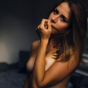 Celeb Nude Alina Koch 005 pic