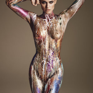 Amber Valletta Topless (3 Photos) – Leaked Nudes