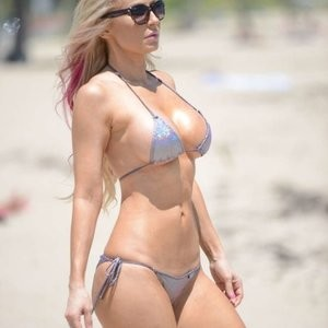 Celebrity Naked Ana Braga 001 pic