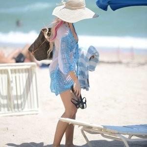 Naked Celebrity Ana Braga 026 pic