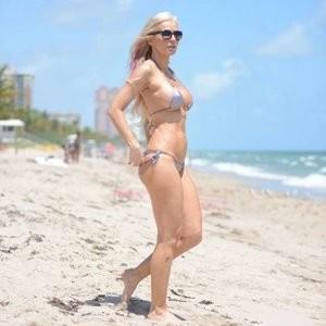 Free Nude Celeb Ana Braga 034 pic