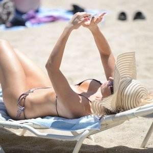 Naked celebrity picture Ana Braga 036 pic