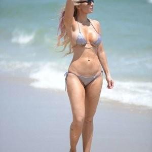 Famous Nude Ana Braga 037 pic