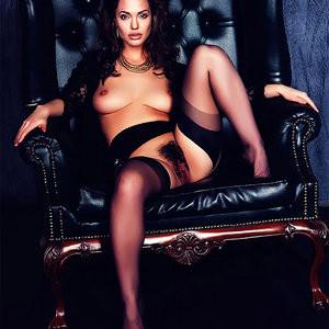 Angelina Jolie Naked (1 New Photos) - Leaked Nudes