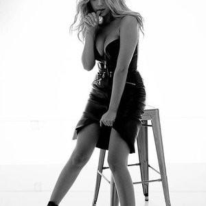 Leaked Celebrity Pic Ashley Benson 003 pic