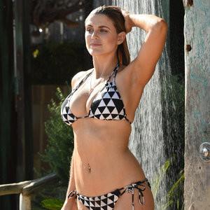 celeb nude Ashley James 002 pic