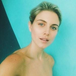 Best Celebrity Nude Ashley James 017 pic