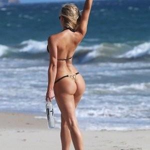Nude Celeb Ava Lange 037 pic
