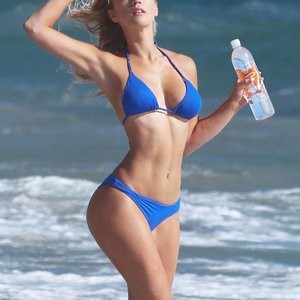 Celeb Nude Ava Lange 007 pic