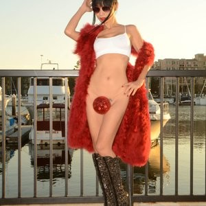 Best Celebrity Nude Bai Ling 008 pic