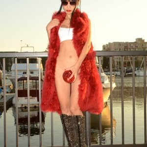Newest Celebrity Nude Bai Ling 027 pic