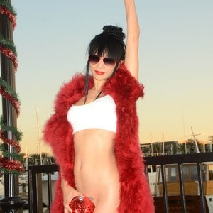 Nude Celebrity Picture Bai Ling 044 pic