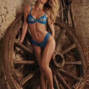 Bar Refaeli Sexy (8 Photos) – Leaked Nudes