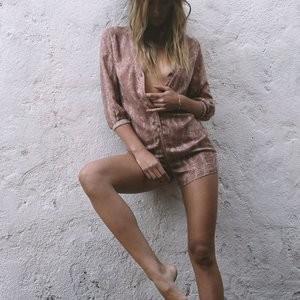 Celeb Nude Barbara Di Creddo 005 pic