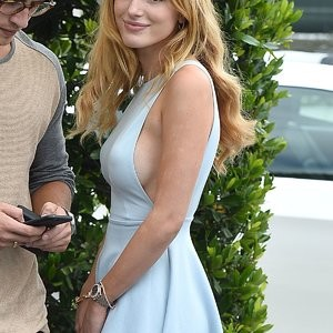 Bella Thorne Braless (44 Photos) – Leaked Nudes