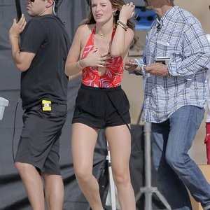 Naked Celebrity Bella Thorne 077 pic