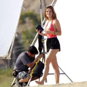 Celebrity Nude Pic Bella Thorne 125 pic