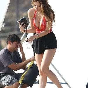 Celebrity Nude Pic Bella Thorne 149 pic