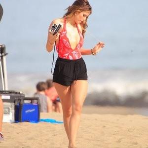 Celeb Nude Bella Thorne 226 pic