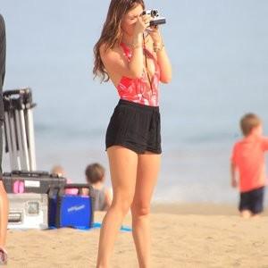 Naked Celebrity Pic Bella Thorne 227 pic