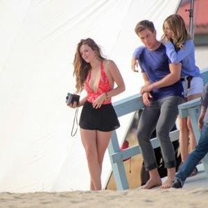 Hot Naked Celeb Bella Thorne 236 pic