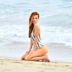 Naked Celebrity Pic Bella Thorne 005 pic