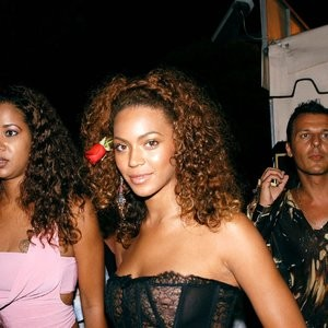 Beyonce See Through (5 Photos) – Leaked Nudes