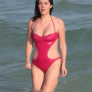 Hot Naked Celeb Brittny Gastineau 002 pic
