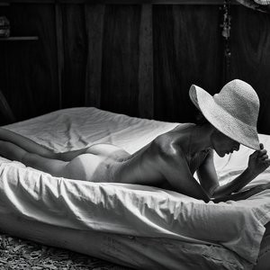 Celebrity Nude Pic Carolyn Murphy 009 pic