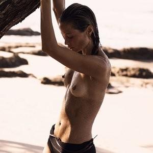 Hot Naked Celeb Carolyn Murphy 018 pic