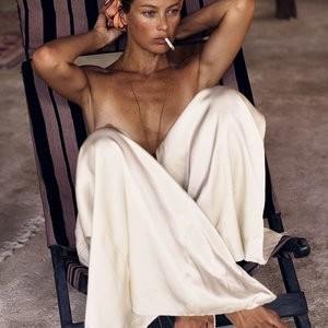 Naked Celebrity Carolyn Murphy 027 pic