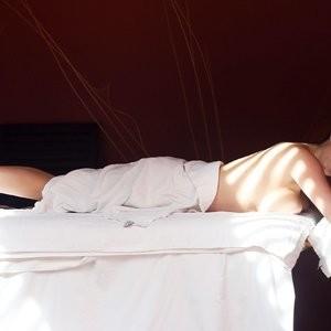 Celeb Nude Casey Batchelor 035 pic