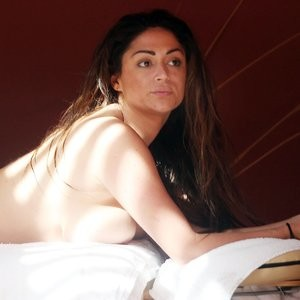 Leaked Celebrity Pic Casey Batchelor 038 pic