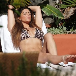 Celebrity Nude Pic Casey Batchelor 130 pic