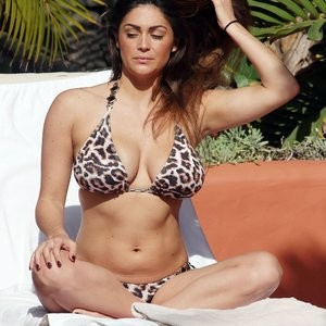 Famous Nude Casey Batchelor 145 pic