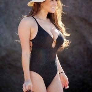 Newest Celebrity Nude Casey Batchelor 021 pic