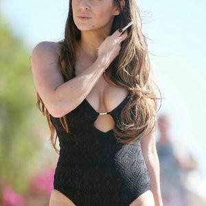 Free Nude Celeb Casey Batchelor 042 pic