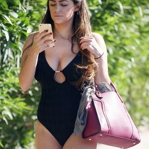 Celebrity Leaked Nude Photo Casey Batchelor 048 pic