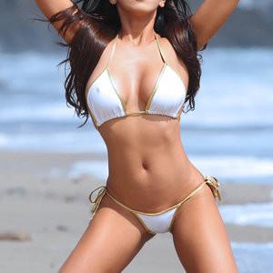 Caya Hefner in a Bikini (25 Photos) - Leaked Nudes