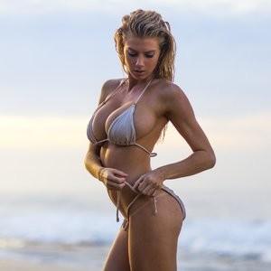 Celebrity Naked Charlotte McKinney 002 pic