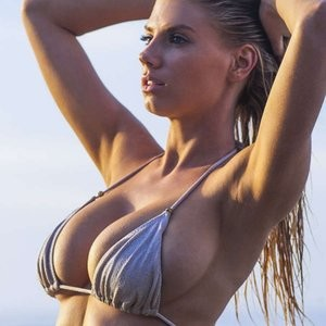 Nude Celeb Charlotte McKinney 010 pic