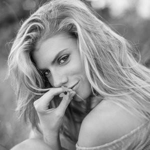 Celebrity Naked Charlotte McKinney 003 pic