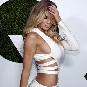 Best Celebrity Nude Charlotte McKinney 005 pic