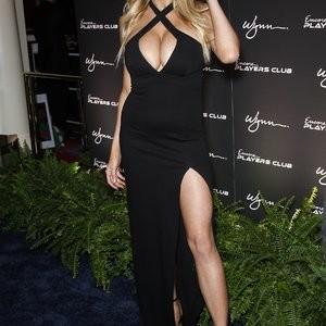 nude celebrities Charlotte McKinney 016 pic